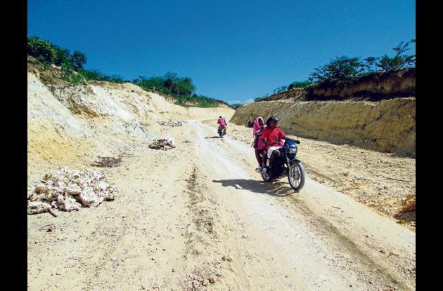 El problema de Playeta tiene atrasada la construcción de la carretera hacia el p