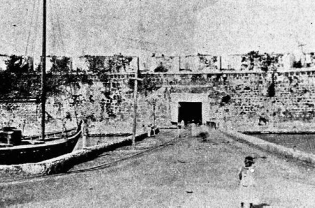Batería de la Media Luna en 1900.