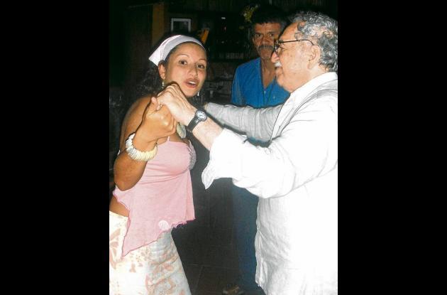 García Márquez en sus 80 años bailando salsa.