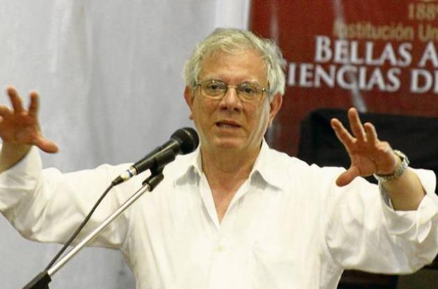 El escritor e historiador de arte Álvaro Medina.