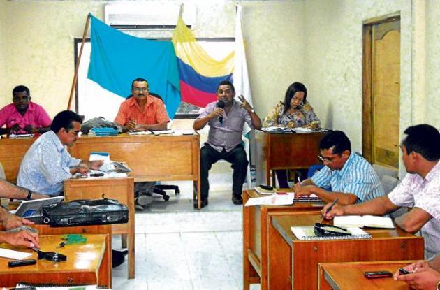 El alcalde de Galeras, en el Concejo, habla sobre el transporte escolar.