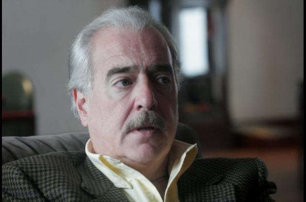 Andrés Pastrana JUAN MANUEL SANTOS