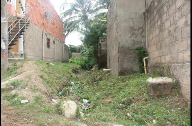 Canal de desagüe del barrio El Quindío