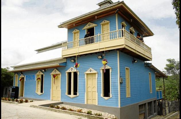 Las casas de Colosó llaman la atención por su arquitectura en madera.