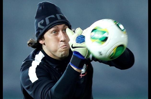 El brasileño del Chelsea, David Luiz recibió el Balón de Plata.