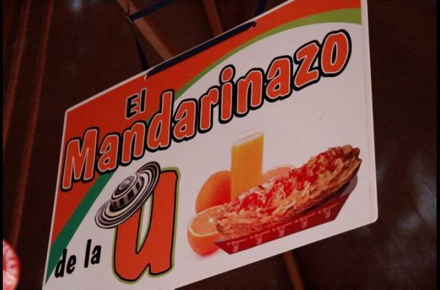 EL MANDARINAZO FRENTE A LA UNIVERSIDAD DE CARTAGENA