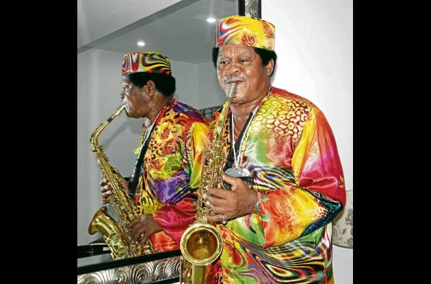 El gran músico Michi Sarmiento