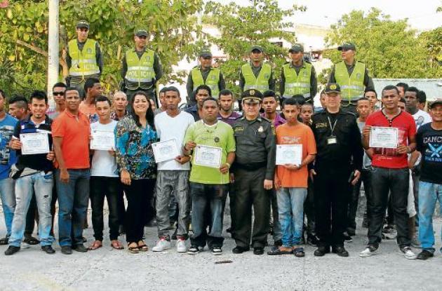 Graduación de jóvenes pandilleros