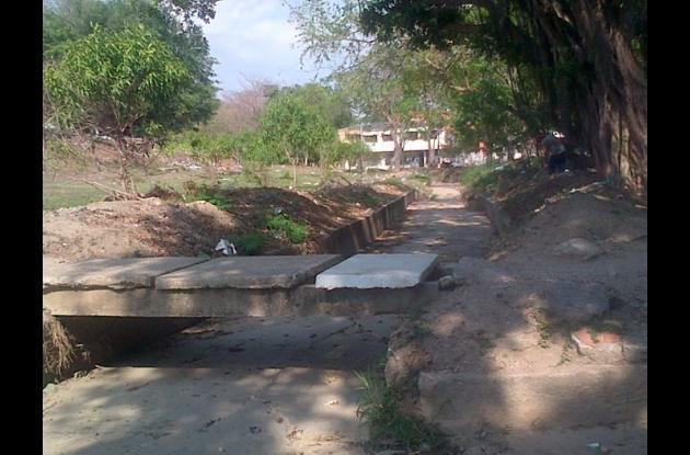 Canal de desagüe Las Gaviotas