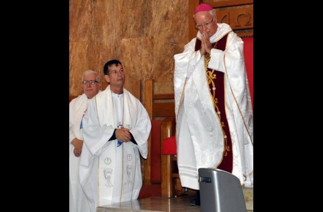 Iglesia Católica repudia asesinato de sacerdote.