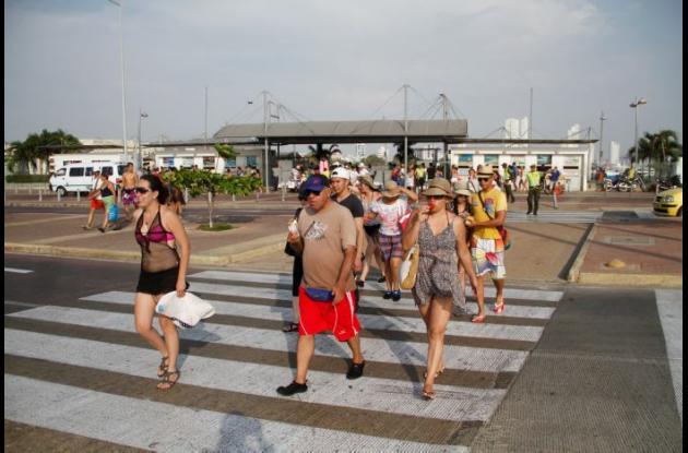 Gran afluencia de turistas hubo ayer en el Muelle de la Bodeguita