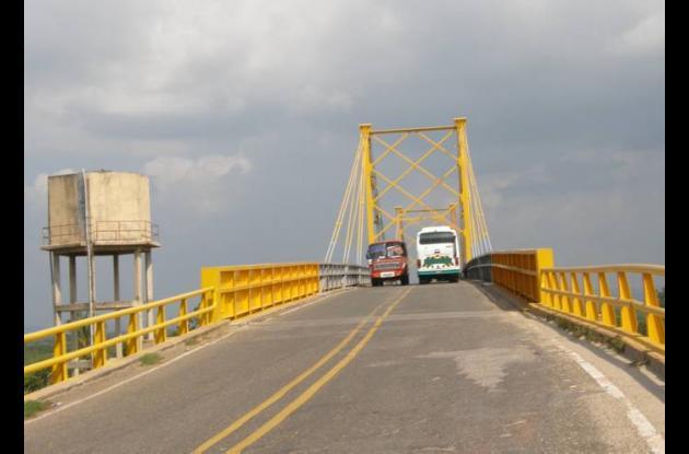 El Ministerio también autorizó el reforzamiento del actual puente de Gambote, af