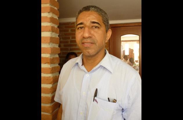 Ramiro Cuadro saldría de la Escuela de Gobierno.