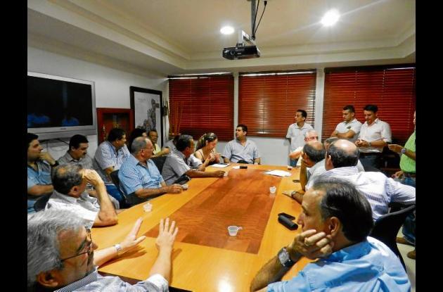 Finqueros reunidos con la administración para solucionar problemas de inundación