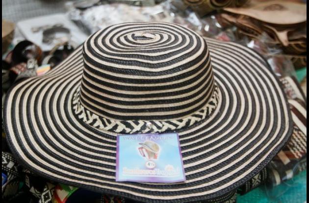 Sombrero de imitación