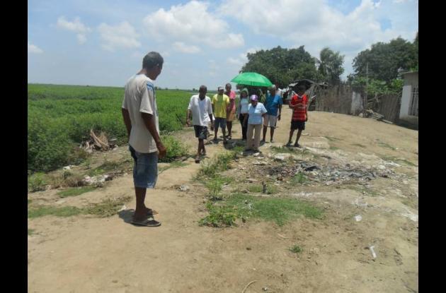La comunidad de Tacamocho necesita del jarrillón para no inundarse.