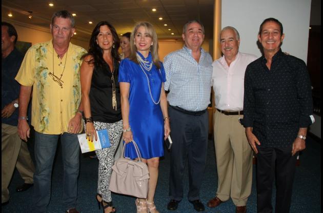 Hernán Guillermo Piñeres, Mónica Benedetti, Alicia de Cepeda, Arturo Cepeda, el expresidente Andrés Pastrana y Fernando Araújo Perdomo.