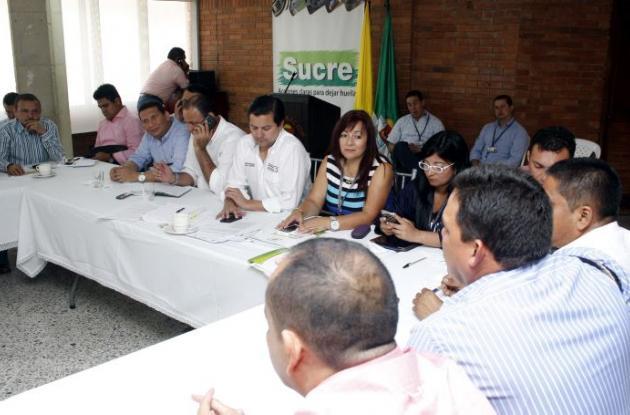 Reunión de alcaldes de Sucre con consejero presidencial para las regiones