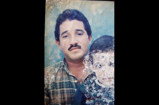Foto de Samuel Ramírez con su padre