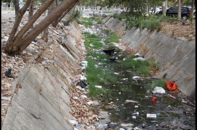 Canal de barrio El Campestre