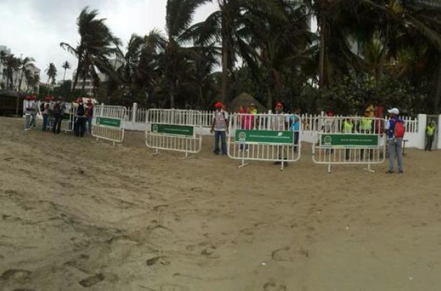Operativo de recuperación de espacio público en Playa Hollywood, Bocagrande.