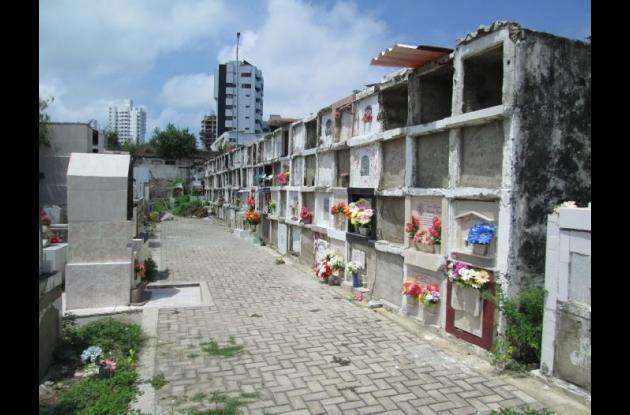 Cementerio Santa Cruz de Manga