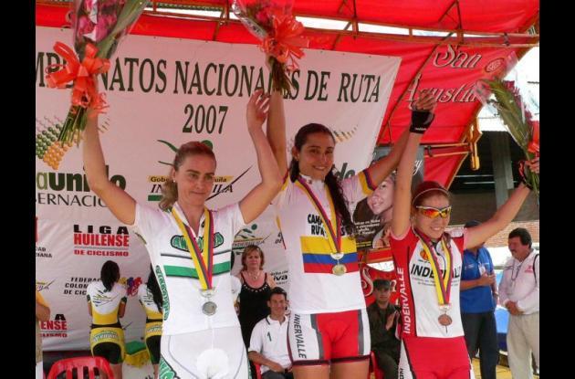 Sandra Gómez ganó oro en los Nacionales de 2007 realizados en Neiva superando a María Luisa Calle.