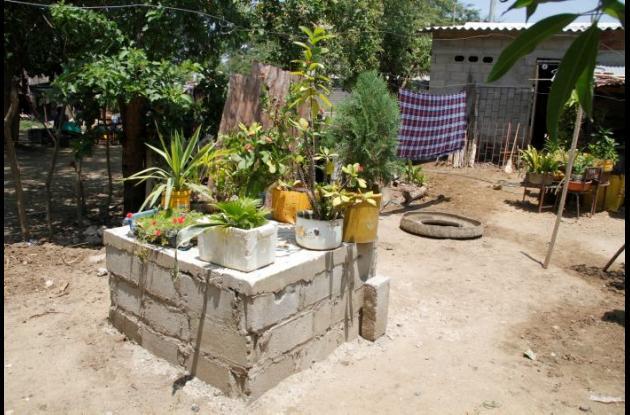 Las familias ponen la mano de obra para construir las pozas y la Alcaldía de Arenal entrega los materiales.