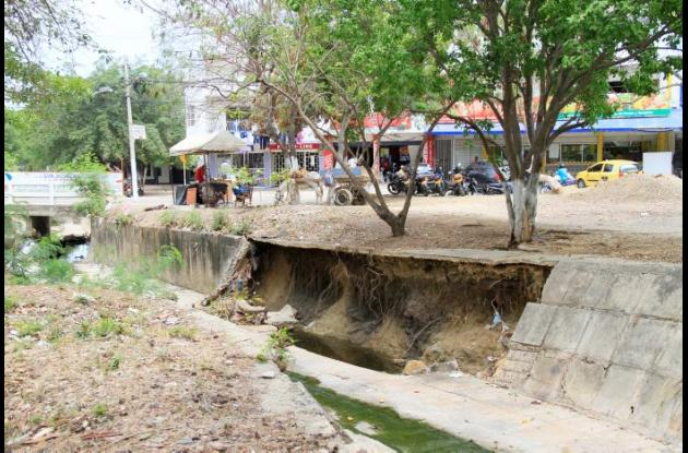 Canal urbanización El Campestre