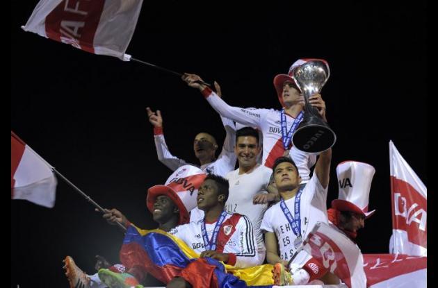 Los tres colombianos festejaron el título de River Plate.