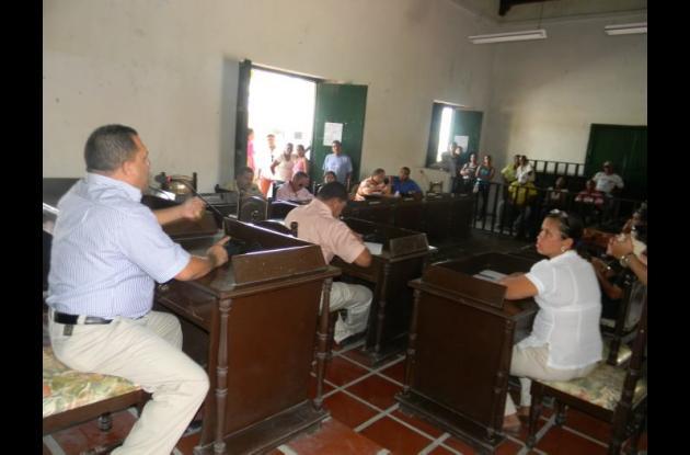 En concejo de Turbaco se argumentó que no se conoce el proyecto de vivienda.