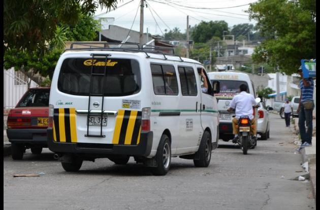 De acuerdo a las autoridades de tránsito vehículos de transporte escolar habilitados si están cumpliendo con la normatividad que los rige.