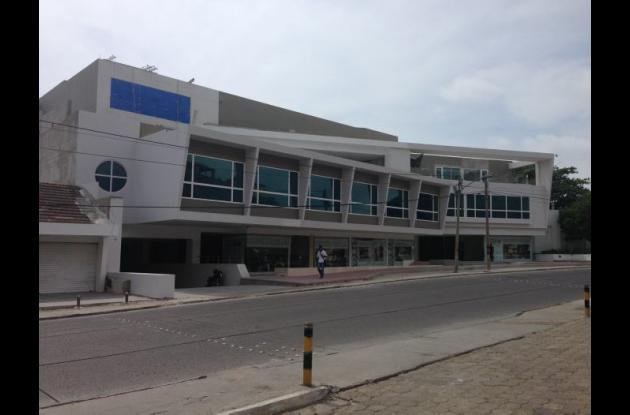 Centro comercial y cultural San Lázaro Distrito Arte.