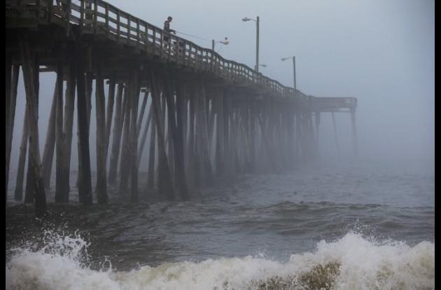 Fuerte oleaje en las playas de Carolina del Norte.