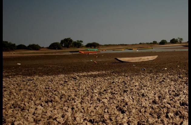 El abastecimiento de agua tanto para el consumo humano, como para el sector agrícola se afecta también con la llegada del fenómeno del Niño.