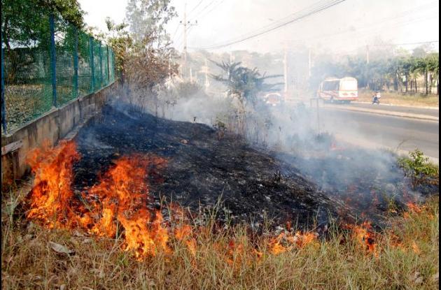 Los cuerpos de Bomberos existentes en Sucre requieren prepararse para enfrentar los incendios forestales que podrían presentarse en los próximos trimestres.