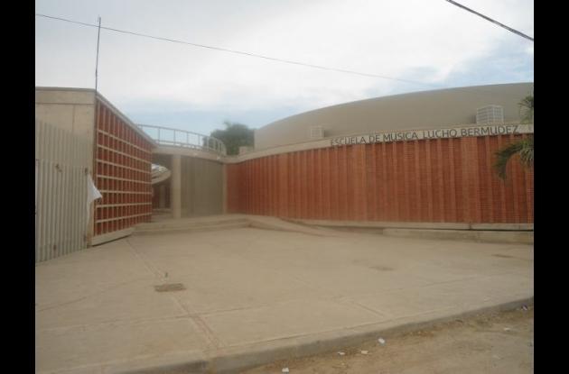 Ayer fue puesta en servicio la nueva escuela de música Lucho Bermúdez.