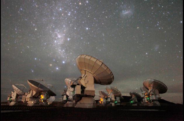 Red de radiotelescopios ALMA.