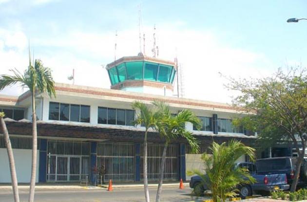 """El aeropuerto """"Simón Bolívar"""" de Santa Marta fue cerrado provisionalmente."""