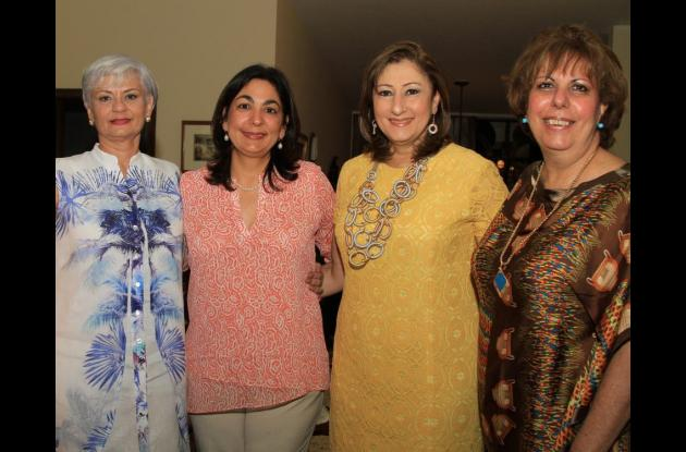 Astrid Herrera, María Claudia Gedeón, Lilian Bajaire e Iveth Yidios.