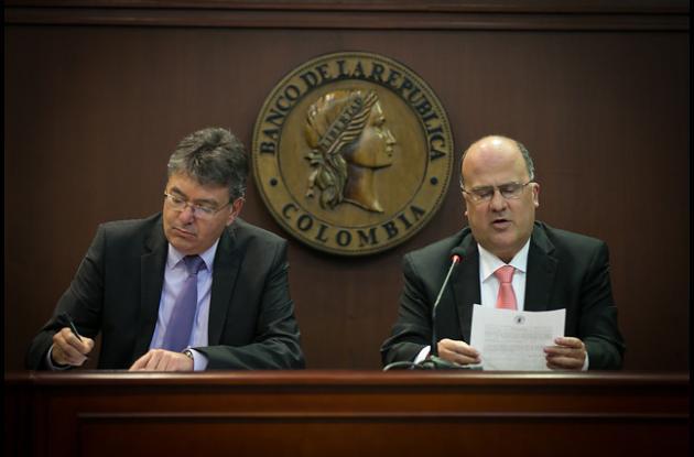 El ministro de Hacienda, Mauricio Cárdenas, y el gerente del Banco de la República, José Darío Uribe.