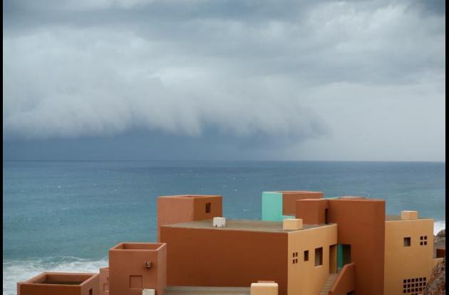 El huracán Odile se aproxima a México.