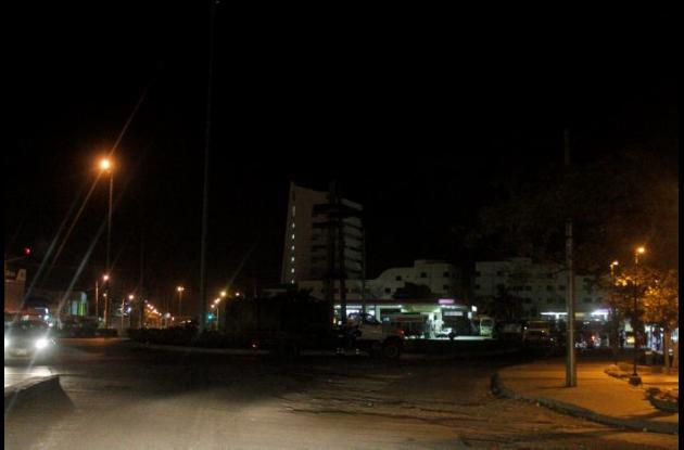 Falta de alumbrado público en el sector de la bomba de El Amparo