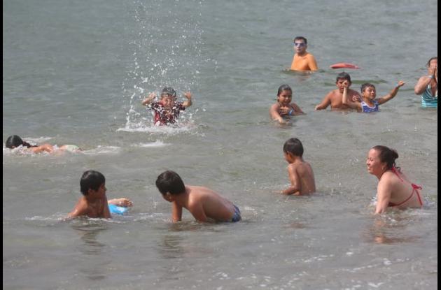 Niños de Viotá y La Palma (Cundinamarca) conocieron el mar.