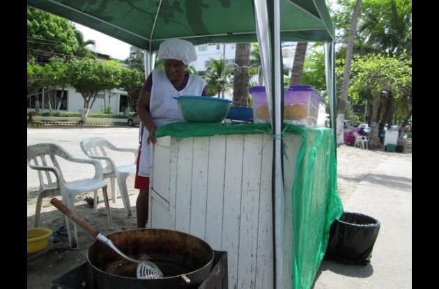 vendedoras de fritos de castillogrande
