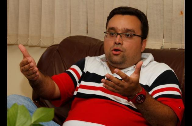 Mario Feliz, contralor distrital.