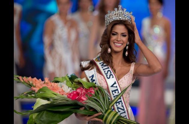 Mariana Jiménez, el día de la coronación.