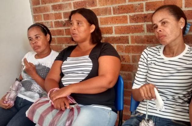 Parientes de Ramiro Consuegra, quien murió tras accidente laboral dentro de empresa en Mamonal.