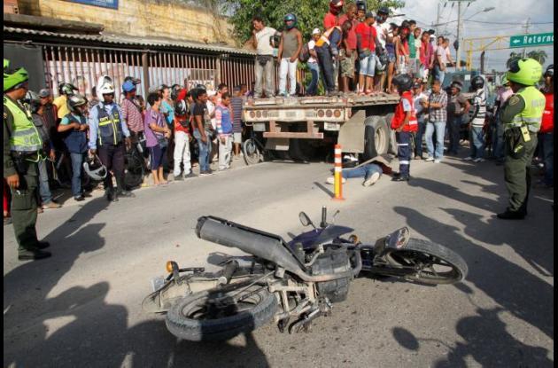 Álvaro Pacheco, murió en accidente en El Bosque. Mula lo arrolló cuando iba en su moto.