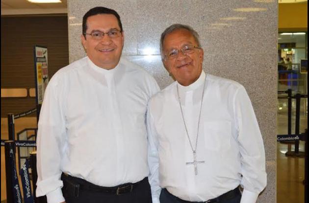 Monseñor Ariel Lascarro Tapia con el arzobispo de Cartagena, monseñor Jorge Enrique Jiménez Carvajal.